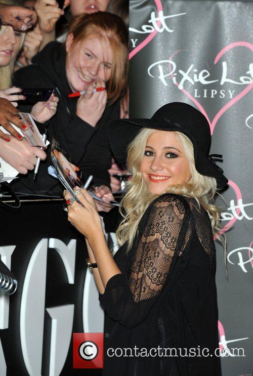 Pixie Lott and Fraser 4