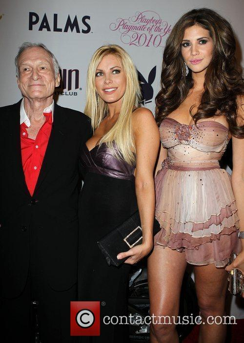 Hugh Hefner, Crystal Harris and Hope Dworaczyk 7