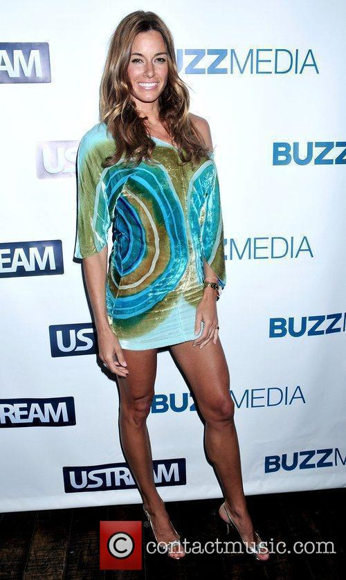 Kelly Bensimon BUZZMEDIA and Ustream Present: Pop Everything!...
