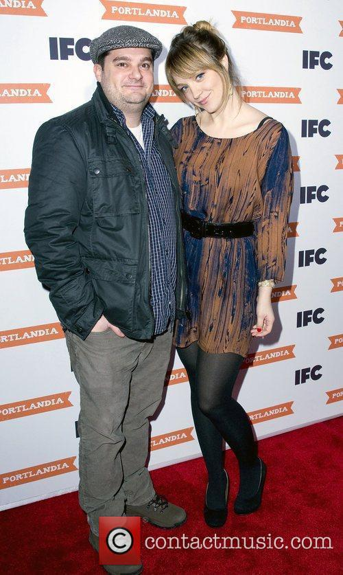 Abby Elliott and Bobby Moynihan 2