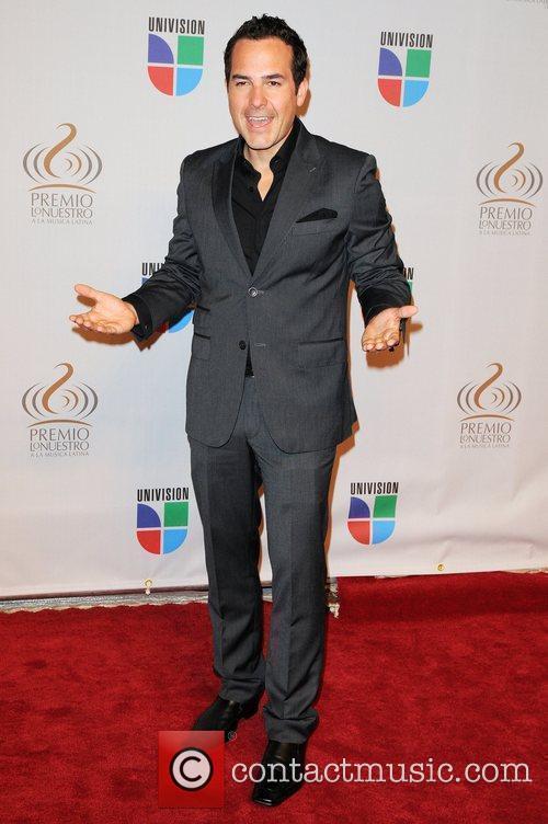 Carlos Calderon  Univisions 2010 Premio Lo Nuestro...
