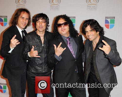 Vivanativa Univisions 2010 Premio Lo Nuestro a La...