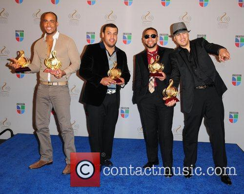 Univisions 2010 Premio Lo Nuestro a La Musica...