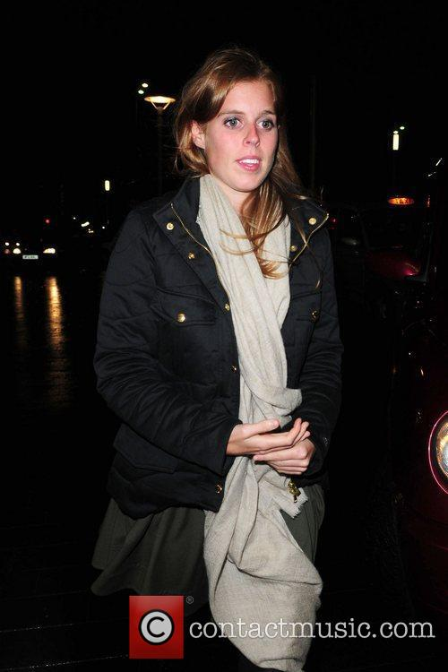 Princess Beatrice and Circo 10