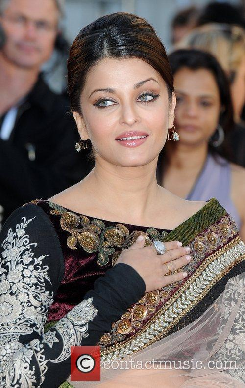 Aishwarya Rai Bachchan Raavan - UK film premiere...