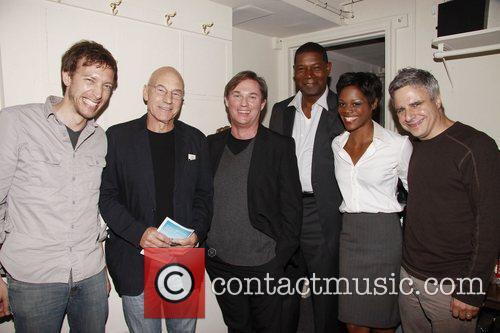 Michael Friedman, Patrick Stewart, Richard Thomas, Dennis Haysbart,...