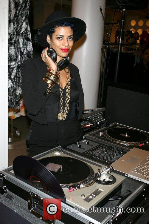 DJ Rashida Rachel Roy Spring 2010 Collection at...