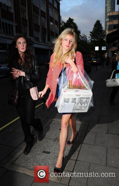 diane vickers arrives at the bbc radio 1 building 2820913