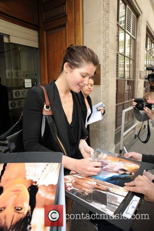 Gemma Aterton Stops To Sign Autographs For Waiting Fans Outside The Radio 1 Building 7