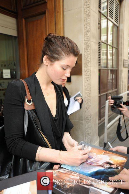 Gemma Aterton Stops To Sign Autographs For Waiting Fans Outside The Radio 1 Building 4