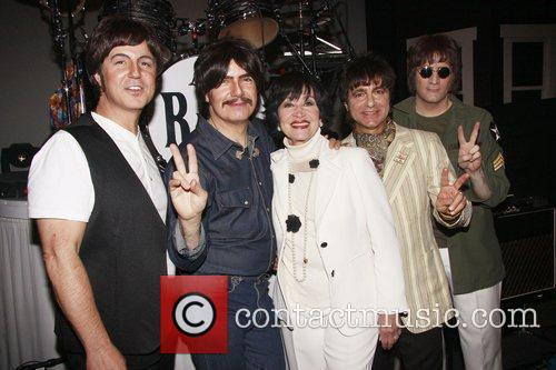 Sir Paul Mccartney, Chita Rivera, George Harrison, John Lennon, Neil Simon and Ringo Starr 1