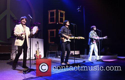 Ringo Starr, George Harrison, John Lennon and Neil Simon 2
