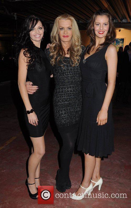 Niamh O'Donnell, Rebecca De Havilland, Jade Lynch,...