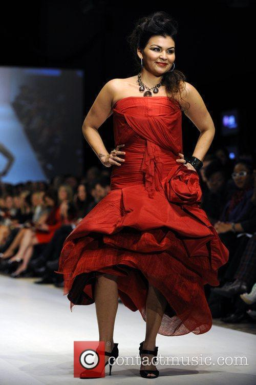The Heart Truth's Red Dress Collection 2010 Fashion...
