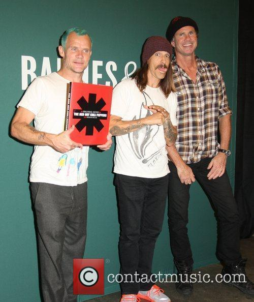 Flea, Anthony Kiedis, Chad Smith and Red Hot Chili Peppers 12