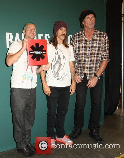 Flea, Anthony Kiedis, Chad Smith and Red Hot Chili Peppers 8