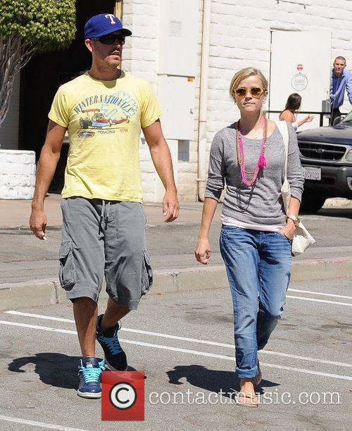 Reese Witherspoon and Jim Toth returning to their...
