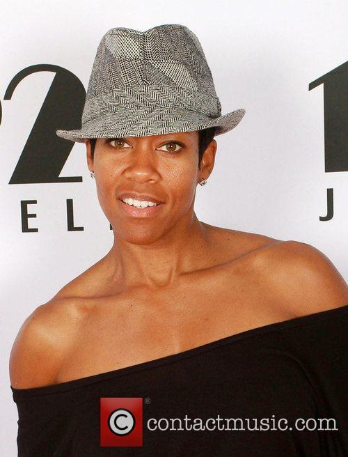 Visits 2011 Golden Globes Gifitng Services suite on...
