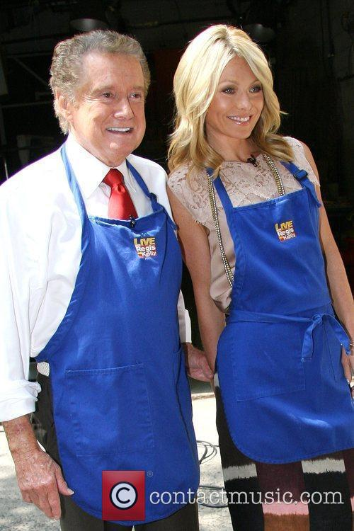 Kelly Ripa and Regis Philbin 10