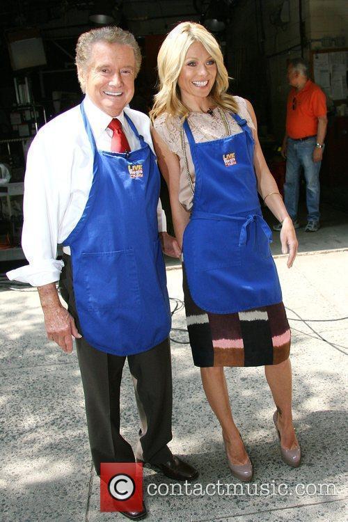 Kelly Ripa and Regis Philbin 3