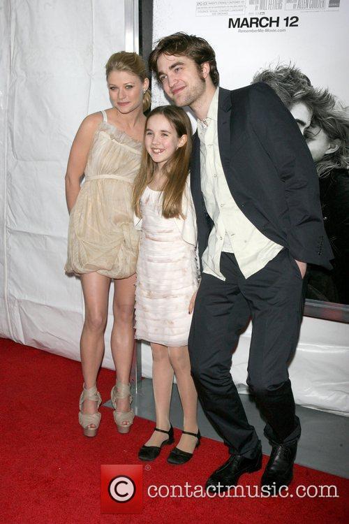 Emilie de Ravin, Ruby Jerins and Robert Pattinson...