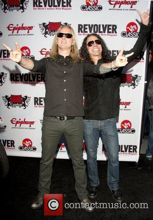Jerry Cantrell and Mike Inez 3