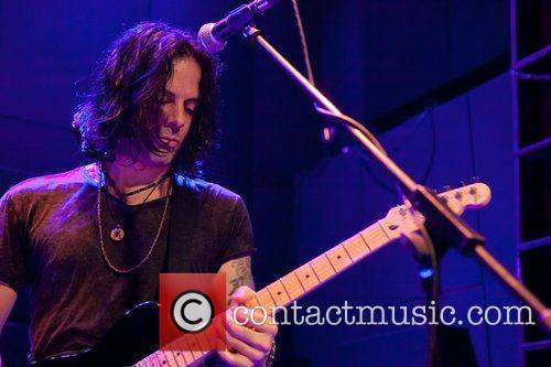 Richie Kotzen performing live at MusicBox in Lisbon