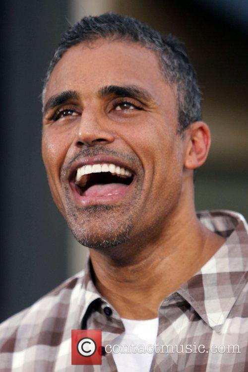 Rick Fox filming an interview with Mario Lopez...