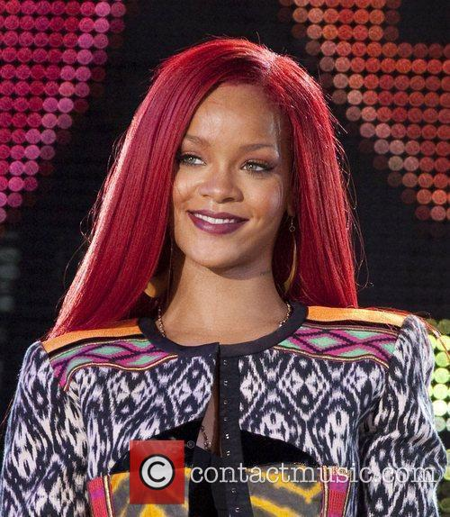 Rihanna and MTV 38