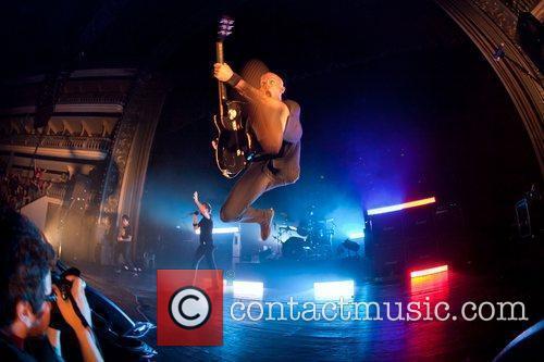 Rise Against performing live at Coliseu dos Recreios...