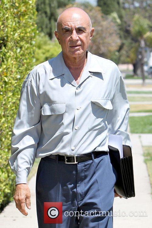 Robert Shapiro outside Pickford Lofts sober living facility...