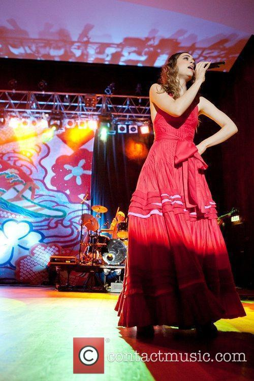 Brazilian singer Roberta Sa performing live at Aula...