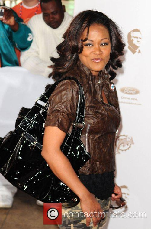 Robin Givens Orange Carpet prior to the Miami...