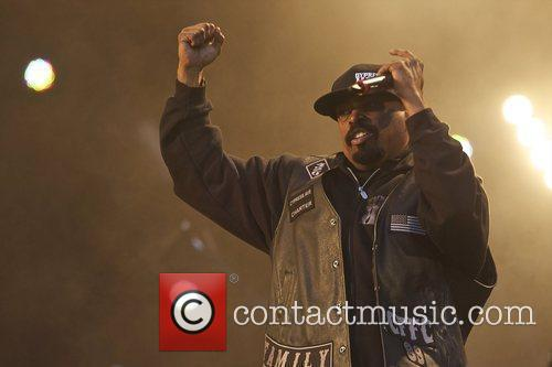 Sen Dog Cypress Hill performing live in concert...