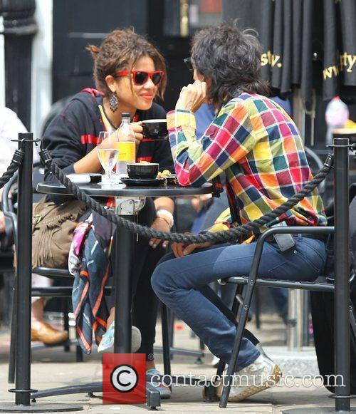 Ronnie Wood and Ana Araujo 4