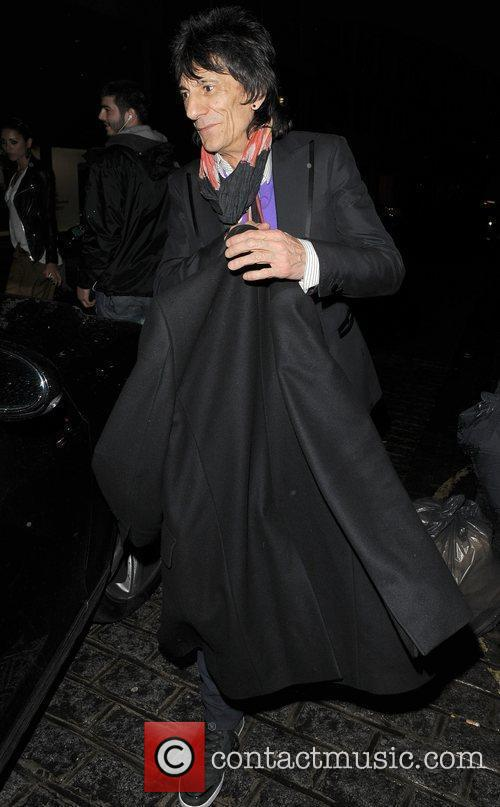 Ronnie Wood, his girlfriend Ana Araujo leaving a restaurant in Mayfair and having enjoyed dinner there together 1