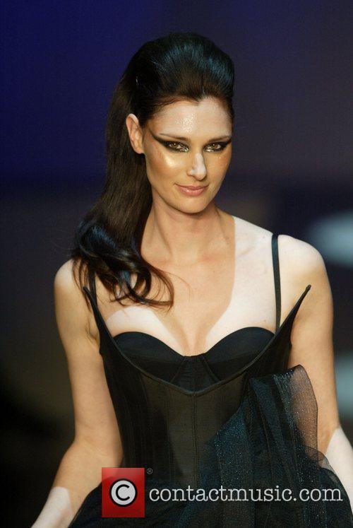 Anneliese Seubert 2010 Rosemount Sydney Fashion Festival -...