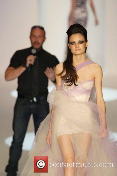 2010 Rosemount Sydney Fashion Festival - Alex Perry...