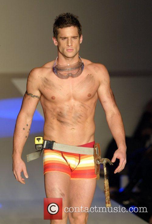2010 Rosemount Sydney Fashion Festival - Mensfit -...