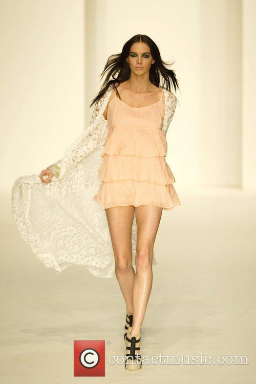 2010 Rosemount Sydney Fashion Festival - Nookie -...