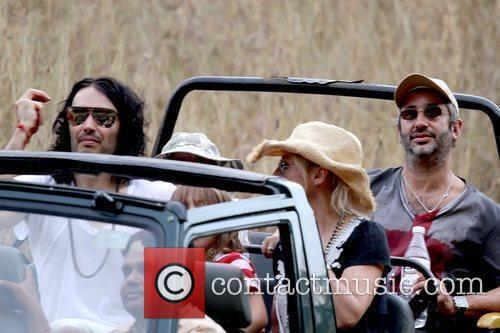 Katy Perry, David Baddiel and Russell Brand 7