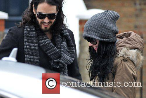 Russell Brand and Katy Perry leaves Russell's house...