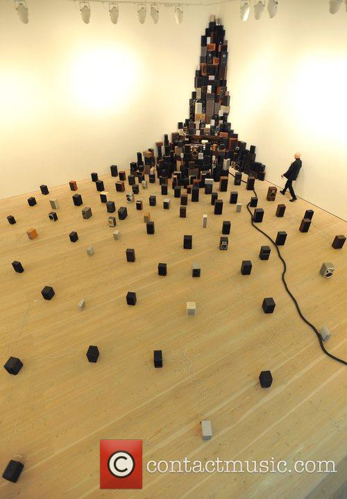 John Wynne: Instalation for 300 Speakers, Pianola and...
