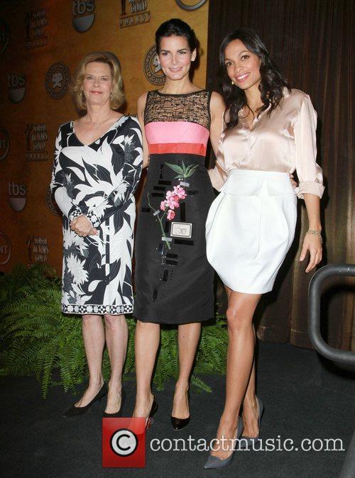 Jobeth Williams, Angie Harmon and Rosario Dawson 8