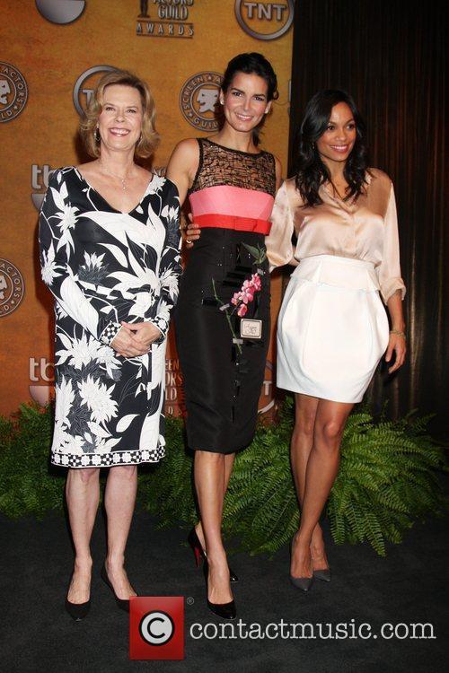 Jobeth Williams, Angie Harmon and Rosario Dawson 4
