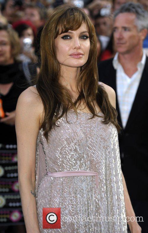 Angelina Jolie 54
