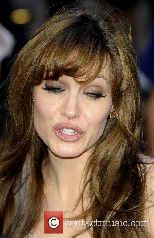 Angelina Jolie 51