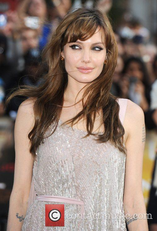 Angelina Jolie 20