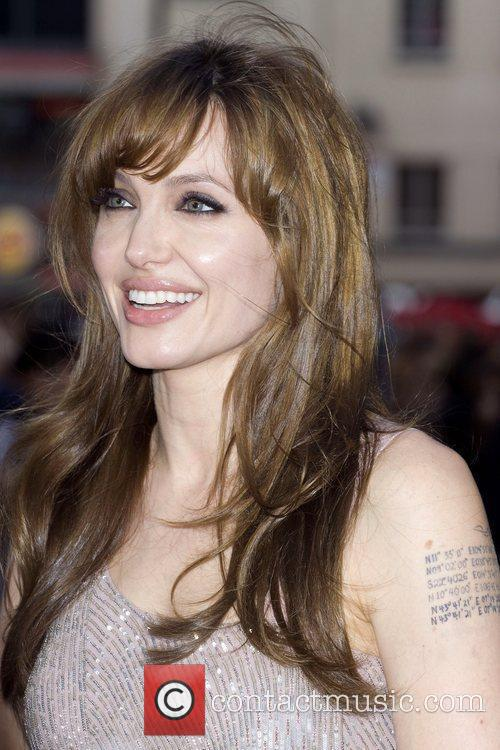 Angelina Jolie 41