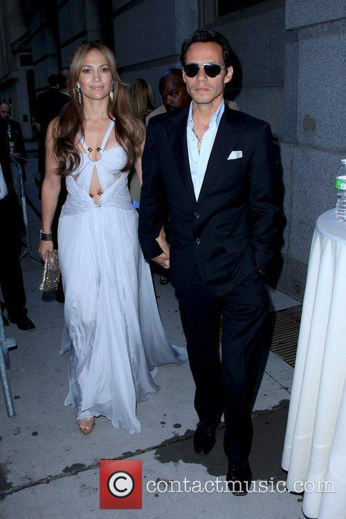 Jennifer Lopez and Marc Anthony 11
